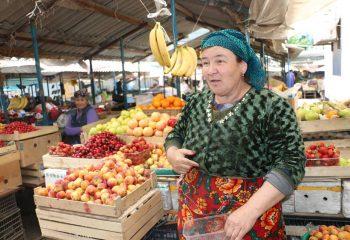 Kazakistan'da bir Şehir Pazarı
