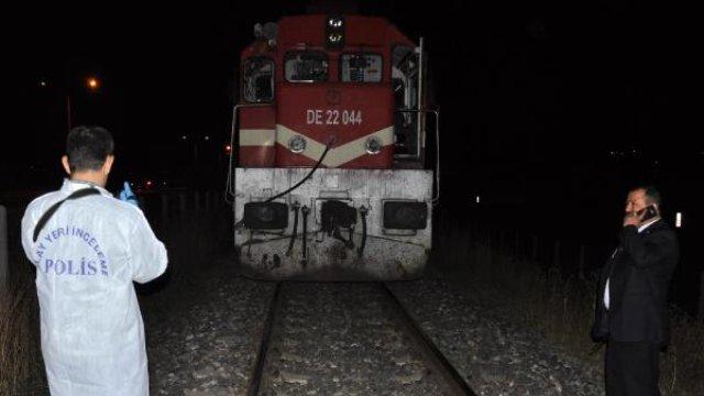 Yolcu Treninin Çarptığı Yaya Olay Yerinde Öldü